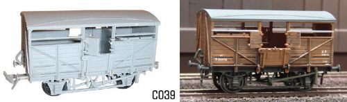 Dapol C039 - OO BR Cattle Wagon Kit